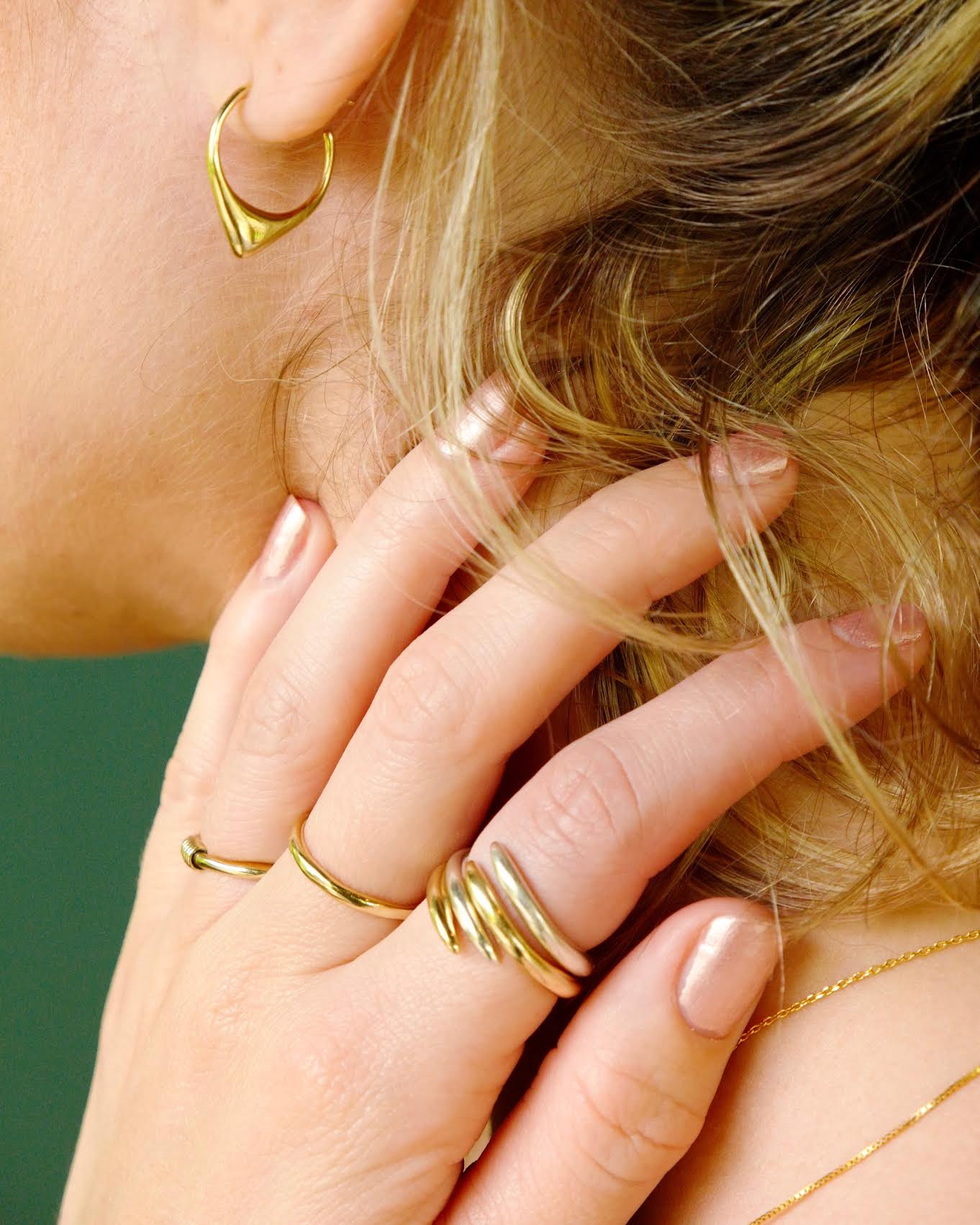 jewelry stacking trend, ring stacking, dainty rings, delicate rings, bangles