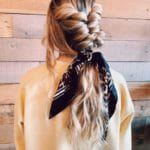 bow scrunchie,