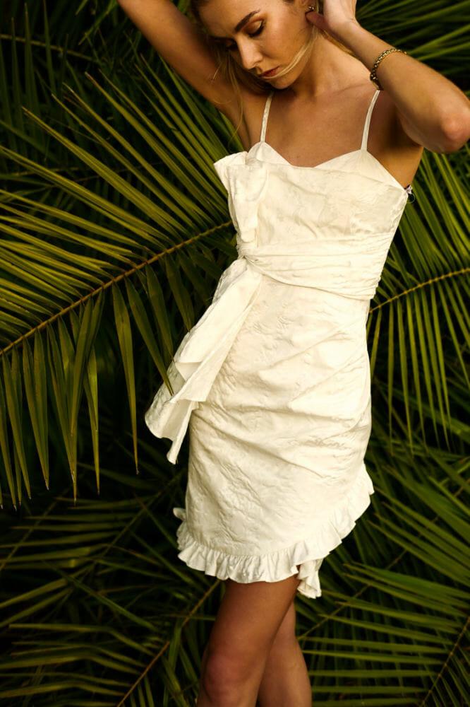 Flor Et Al Oaxaca Leopard Print Bow Dress minimalist fashion